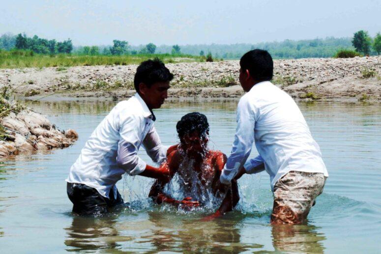 IDOL WORSHIPERS – NOW JESUS FOLLOWERS